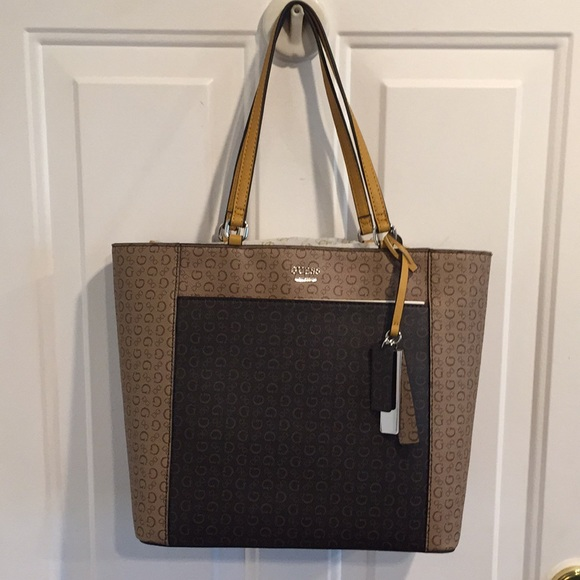 NWT Guess Hickory Signature Tote Bag Brown Multi NWT